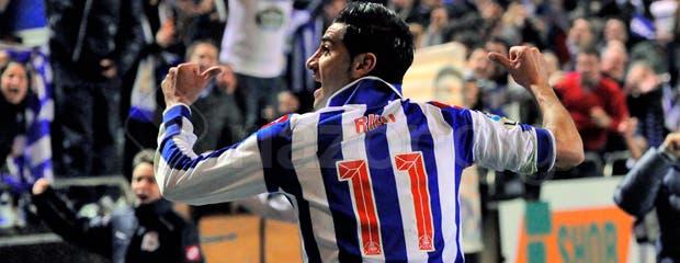 Deportivo_Celta_Riki_celebracion_camiseta