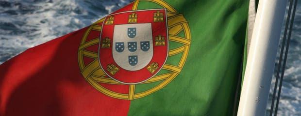 flag-106072_640