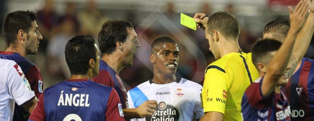 eibar_deportivo_cavaleiro_amarilla