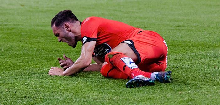 Lucas se lamenta en un encuentro entre Deportivo y Málaga