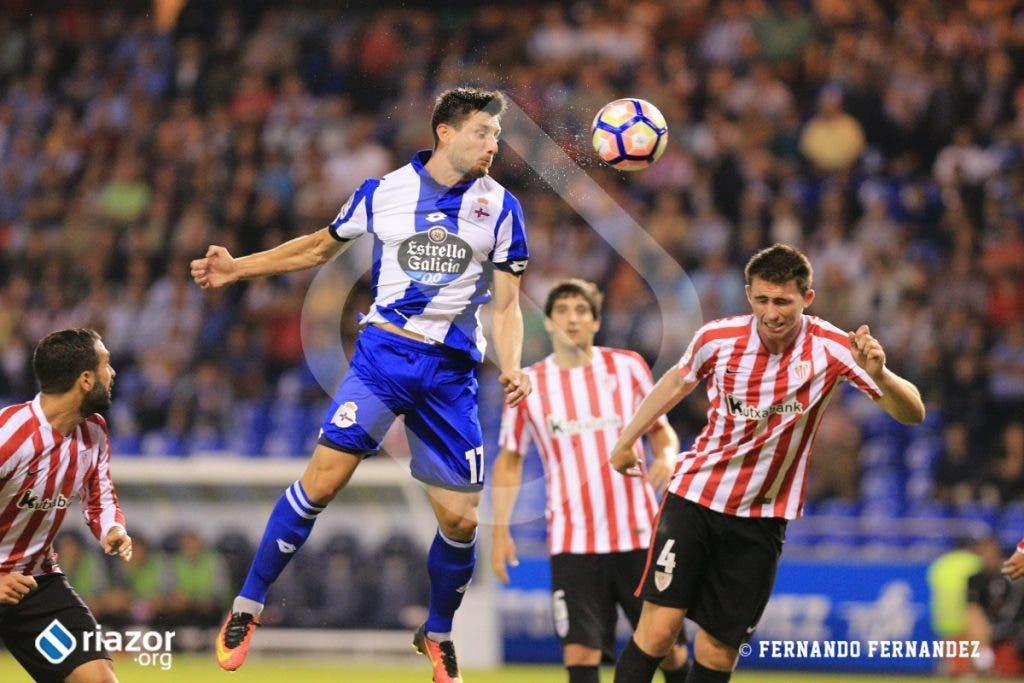 Borja Valle entró en el terreno de juego tras la lesión de Joselu