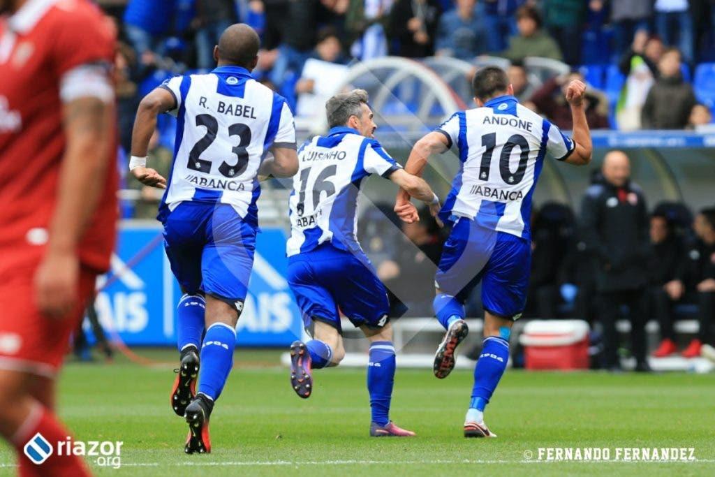 Florin Andone marcaría un gol espectacular después de regatear a todo el que le salió al paso.