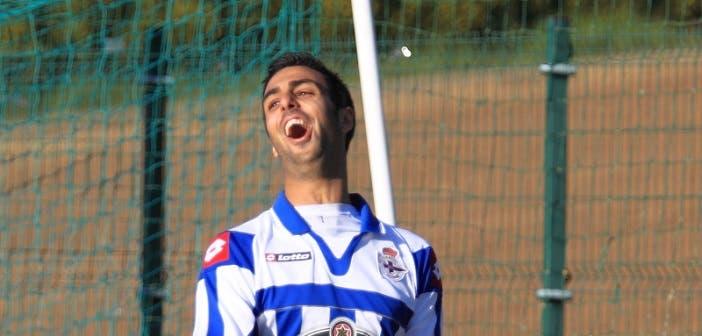 Romay celebra un gol en su primera etapa en las filas del Fabril
