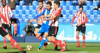 Deportivo - Athletic: Adrián disparando