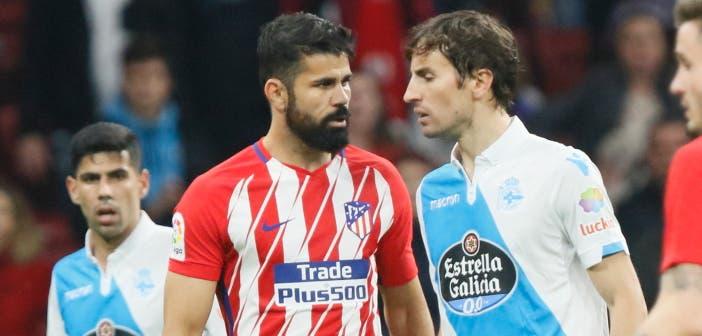 Diego Costa y Mosquera se encararon tras una disputa del balón