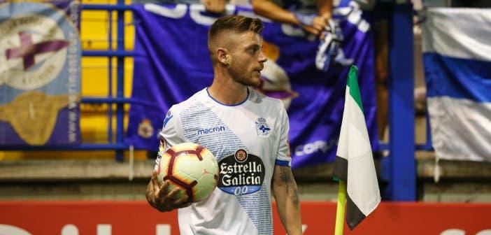 Diego Caballo con el balón