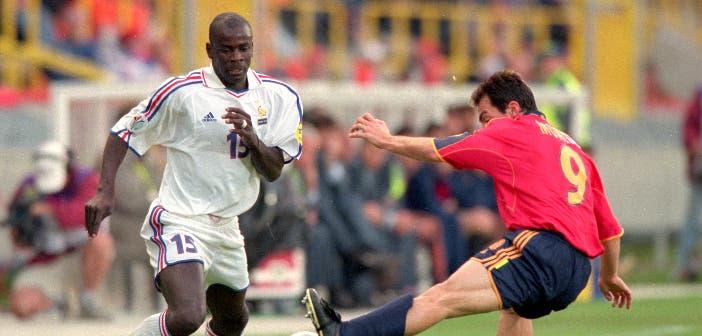 Thuram y Munitis en el Francis vs España de la Euro 2000