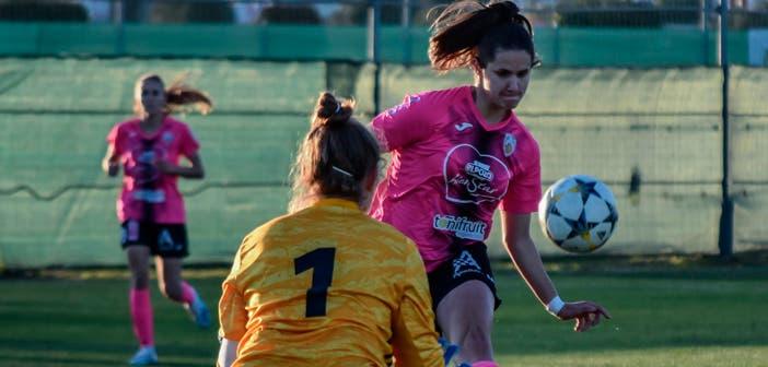 Helena Torres en un partido con el Alhama
