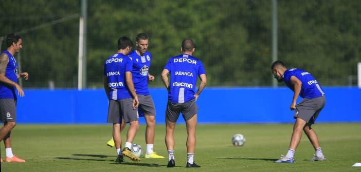 jugadores entrenamiento Deportivo