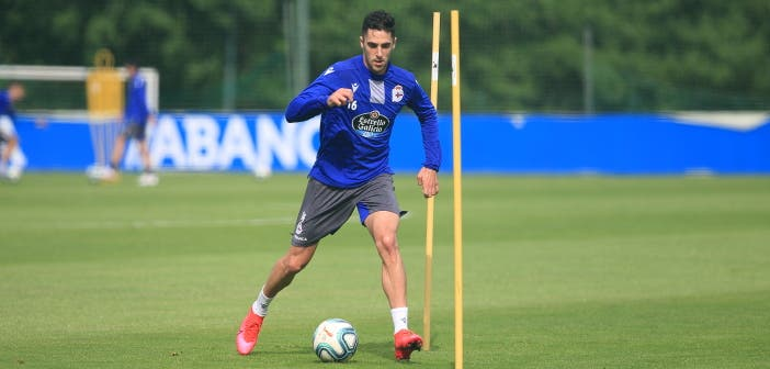 Sabin Merino entrenando con el Deportivo