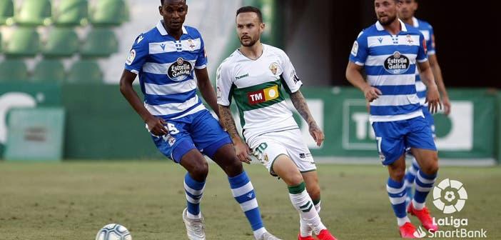 Uche Agbo en el Elche vs Deportivo