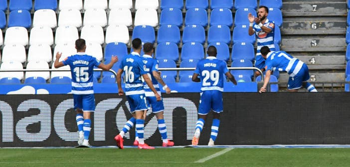 Çolak aplaude tras su gol