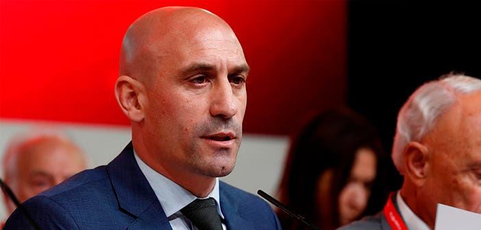 Luis Rubiales aprobó las novedades de la Primera RFEF