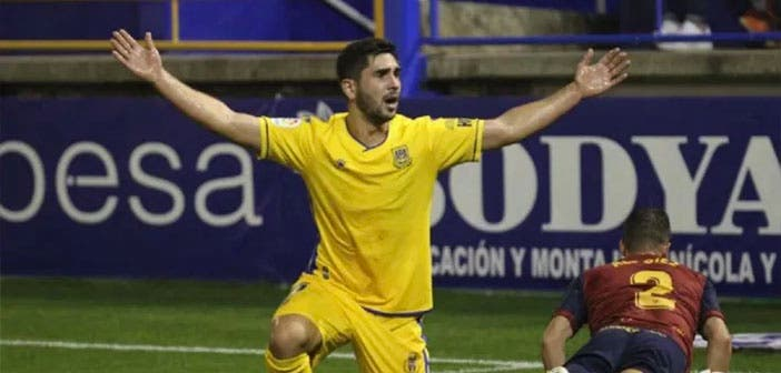 El Deportivo quiere a Rui Costa