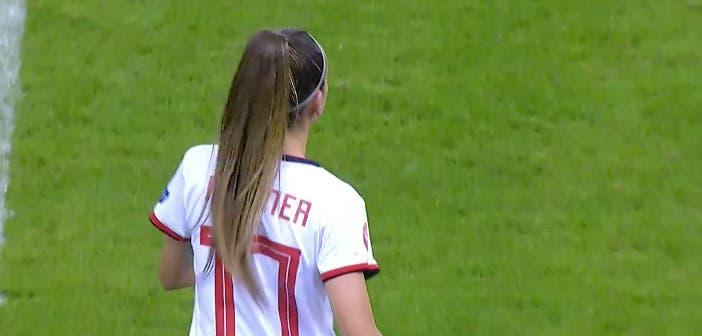 Athenea del Castillo hace historia al debutar con la Selección Española