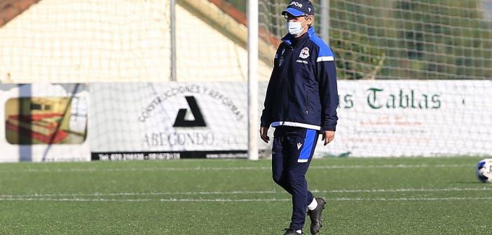 Fernando Vázquez en un entrenamiento