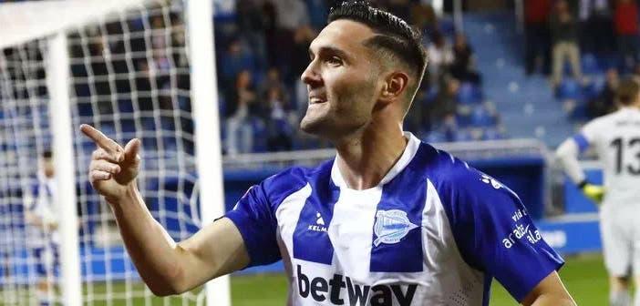 Lucas Pérez tras marcar con el Alavés