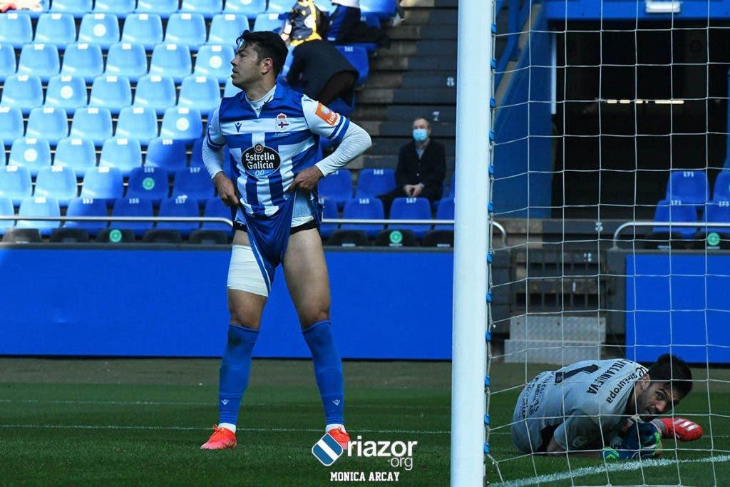 Miku en el Deportivo vs Zamora