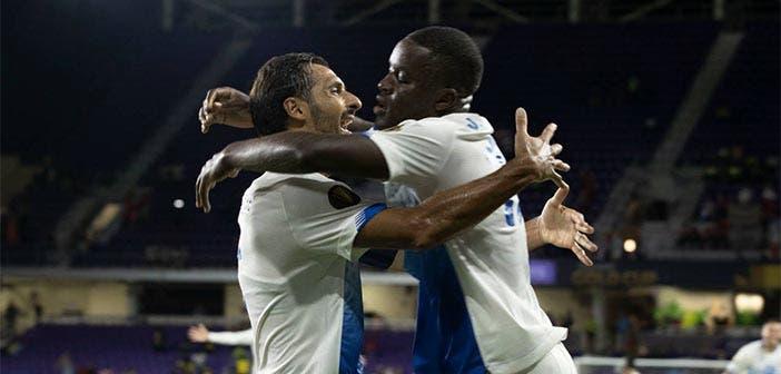 Celso Borges en la Copa Oro celebrando con Joel Campbell