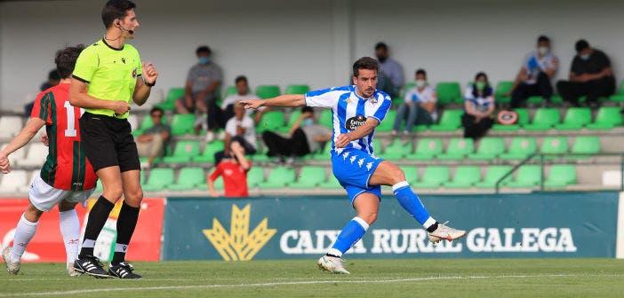 Rafa de Vicente, en su golpeo contra el Racing Villalbés